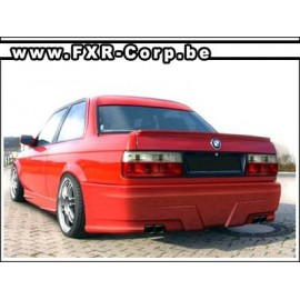 GERMAN - Pare-choc arrière BMW E30