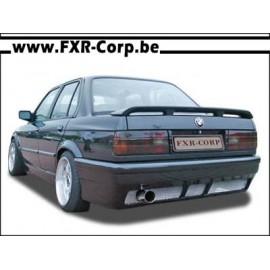 SQUARE - Pare-choc arrière BMW E30