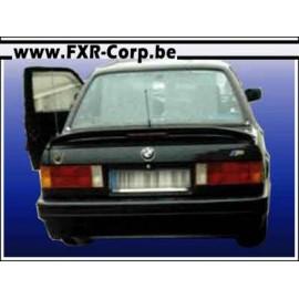BASIC - Pare-choc arrière BMW E30